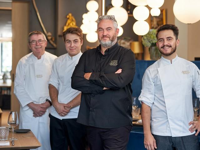 MAISON GRIZLAW L'équipe en cuisine